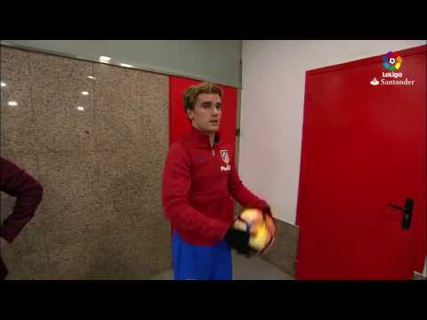 Antoine Griezmann Played A Bit Of Basketball At Calderón!