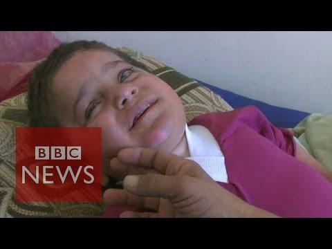 Iraq crisis: Disabled Yazidi refugee boy 'abandoned in desert' - BBC News