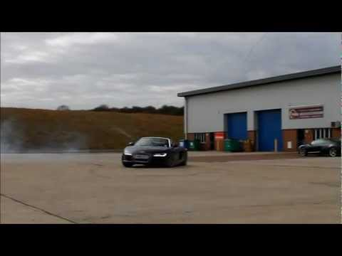 How to Destroy the rear tyres on an Audi R8 V10!! Loud donuts and slides