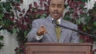 Apostle Gino Jennings speaking on Witchcraft, horoscopes, blackmagi...