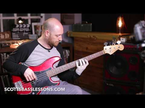 Using Diminished Arpeggios over Dominant Chords (A7) - Quick Riff /// Scott's Bass Lessons