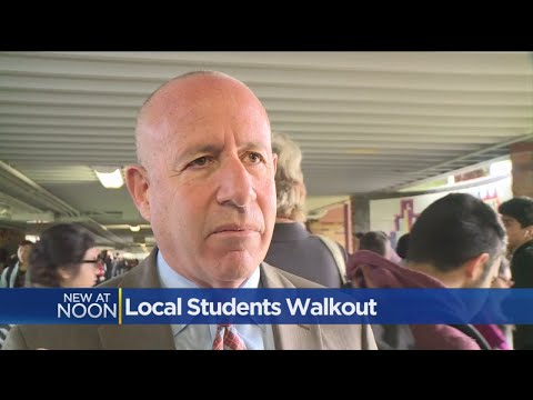 Sacramento Mayor Steinberg Speaks At Hiram Johnson HS Walkout