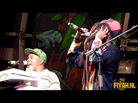 Steel Pulse Black And Proud (Live)