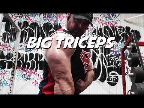 3 SOLID Tips for Big, Strong Triceps