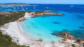 La spiaggia rosa italiana è situata a cala di roto, sud-est dell'isola budelli; compresa nell'arcipelago maddalena. deve il suo nome al caratter...