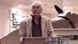John Z. DeLorean speaks to DCS 2000