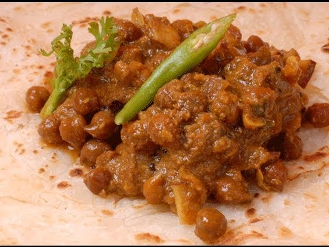 Kadala Curry Black Channa Masala Kerala Style - By Vahchef @ Vahrehvah.com