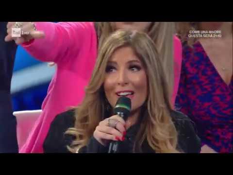 Lo scontro tra Selvaggia Lucarelli e una signora del pubblico - Domenica In Speciale Sanremo 2020