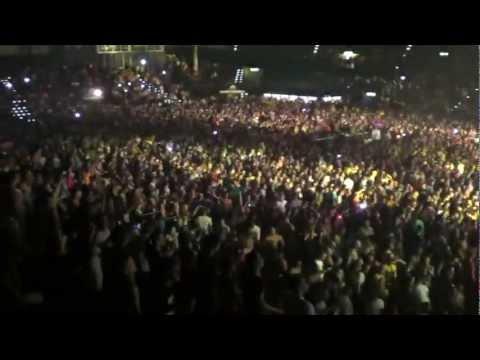 """TIËSTO - """"CALLING"""" RMX LIVE @ENERGY 2012 - HALLENSTADION, ZURICH (CH)"""