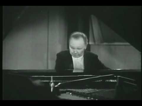 Josef Hofmann Rachmaninov Prelude in Cis-Moll.flv