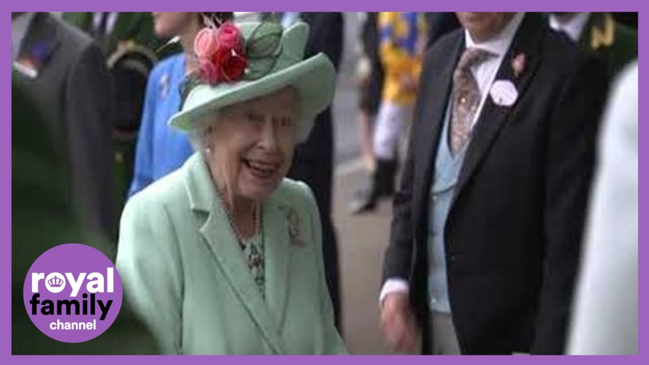 The Queen Receives a Huge Cheer on her Return to Royal Ascot