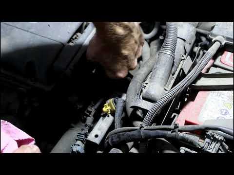 Замена трубки охлаждения дросселя на Chevrolet Cruze 1,8 Шевроле Круз 2011 года