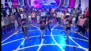 Gambar cover Lucky Laki - Angin Live Performed di Dahsyat (17/06) Courtesy RCTI