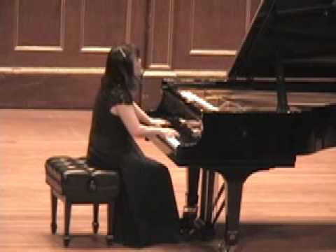 Mozart Sonata in Bb Major, K 333, M2 ~ Heng-Jin Park, piano