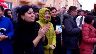 В Шымкенте 90 бюджетников получили служебное жилье