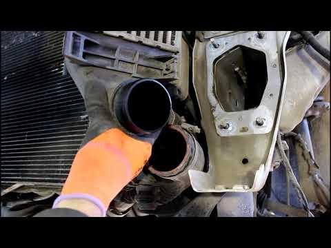 Замена радиатора охлаждения на Range Rover Evoque 2,2 Ленд Ровер Эвок 2011 года 2часть