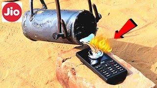 JIO PHONE VS MOLTEN ALUMINIUM METAL🔥 | Phone Is Dead |