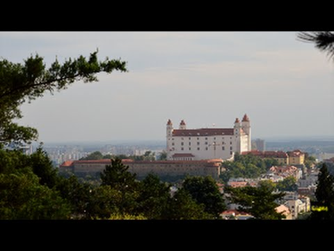 Bratislava zo Slavína * View Bratislava City from the Slavín . HD