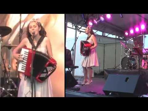 """La Mer"" Emma Hamilton (Live @ The Brisbane French Festival)"