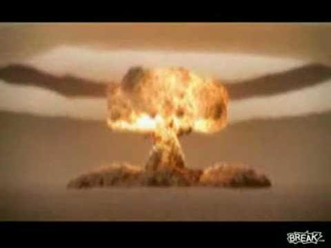 Ядерный взрыв в пустыне!