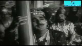 Aaj Gaawat Man Mero  - D.V. Paluskar, U.A.Khan - BAIJU BAWARA - Meena Kumari,Bharat Bhushan
