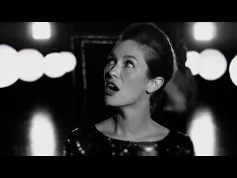 Mina Tindle - To Carry Many Small Things (clip officiel)