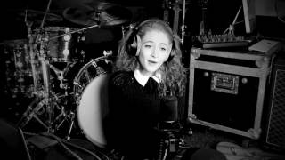 Dancing On My Own - Robyn (Janet Devlin Cover)