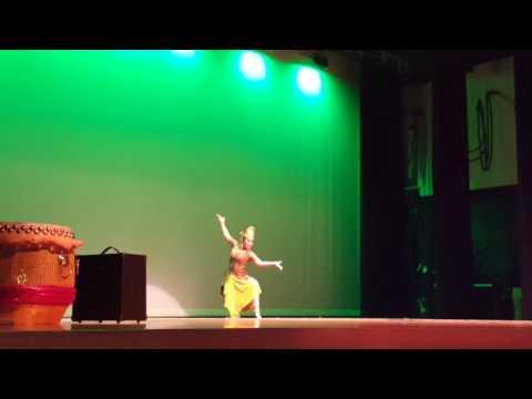 Jaipong Dance Daun Pulus, University High School, Orlando, 02/26/16