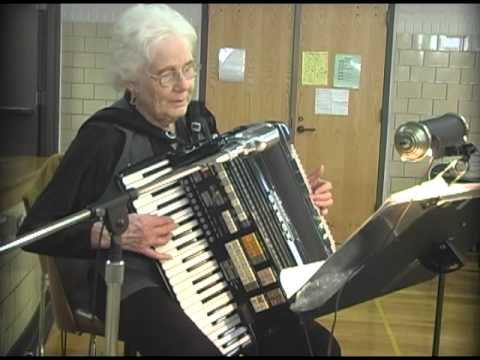 Old Time Accordion by Mary Mileski LCC 7-1-2015 ParkTV15