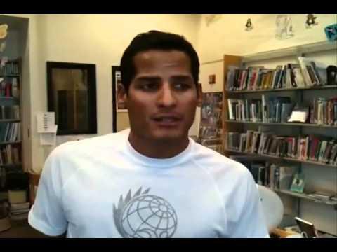 Marcos Díaz desde una escuela en Wales Alaska