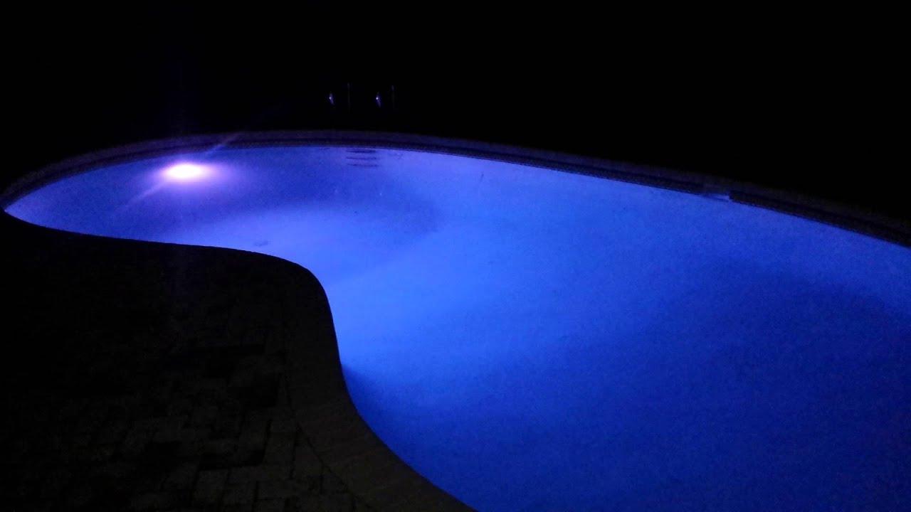 Changing Pool Light Bulb