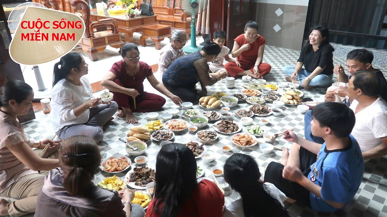 Bữa cơm gia đình miền tây (Bà Ngoại và dì út 13, 14, 15 ghé chơi) #namviet