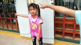เด็กกลัว!!!อะไรในบริเวณร้านกาแฟมาดูกันเลย - The Kids TV