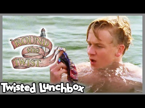 Round The Twist   S1E8   Wunderpants