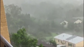 "Australia: Northeast coastal cities on lockdown in the face of ""monster"" cyclone Debbie"
