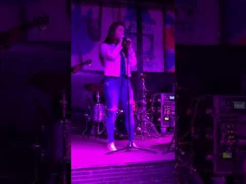Karaoke night - Didi