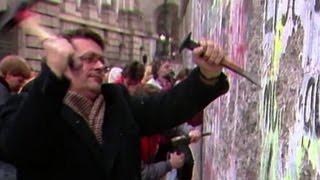 Muro di Berlino 25 anni dopo le immagini storiche Nude News