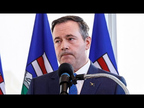'How many people have to die?': Calls for Kenney to resign over handing of COVID-19