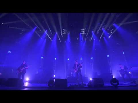 Arctic Monkeys - Do I Wanna Know? (iTunes Festival 2013) [lyrics/legendado]