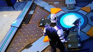 Fortnite spiky stadium secret vending machine and respawnder thing