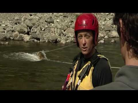 Be RiverSafe - Survival swimming - Strainer swim