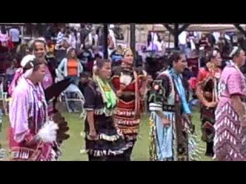 Little Otter Singers from Mille Lacs with  Side Step Jingle at Honor The Earth Pow wow