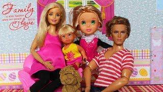 В СЕМЬЕ НОВАЯ ДОЧЬ /МАМА БАРБИ /Играем в куклы с Бетти