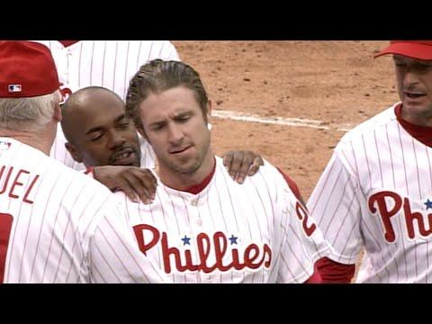 Chase Utley Drills A Walk-off Home Run In The 10th