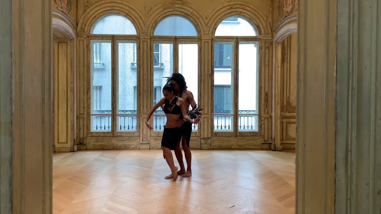 Duo Tahia Cambet & Tuarii Tracqui - For Dance In Paradise