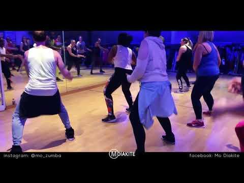 MO DIAKITE: *Abou Debeing Ft Dadju - C'est Pas Bon-* (Zumba® fitness choreography)