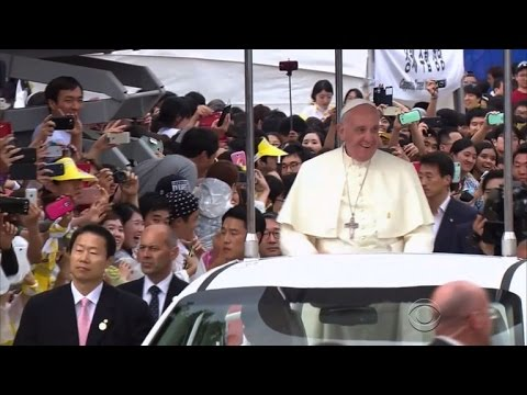 Offering olive branch, Pope Francis urges dialogue with China
