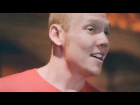 British boy sing VietNam song very good