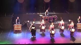 【公式】ダイアプラス原田翔子、和太鼓アイドル花の宴 担ぎ桶で華やかに舞う「UTAGE」