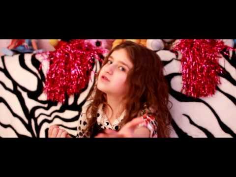 Diana Damian -  Hei tu, danseaza! (Official Video)